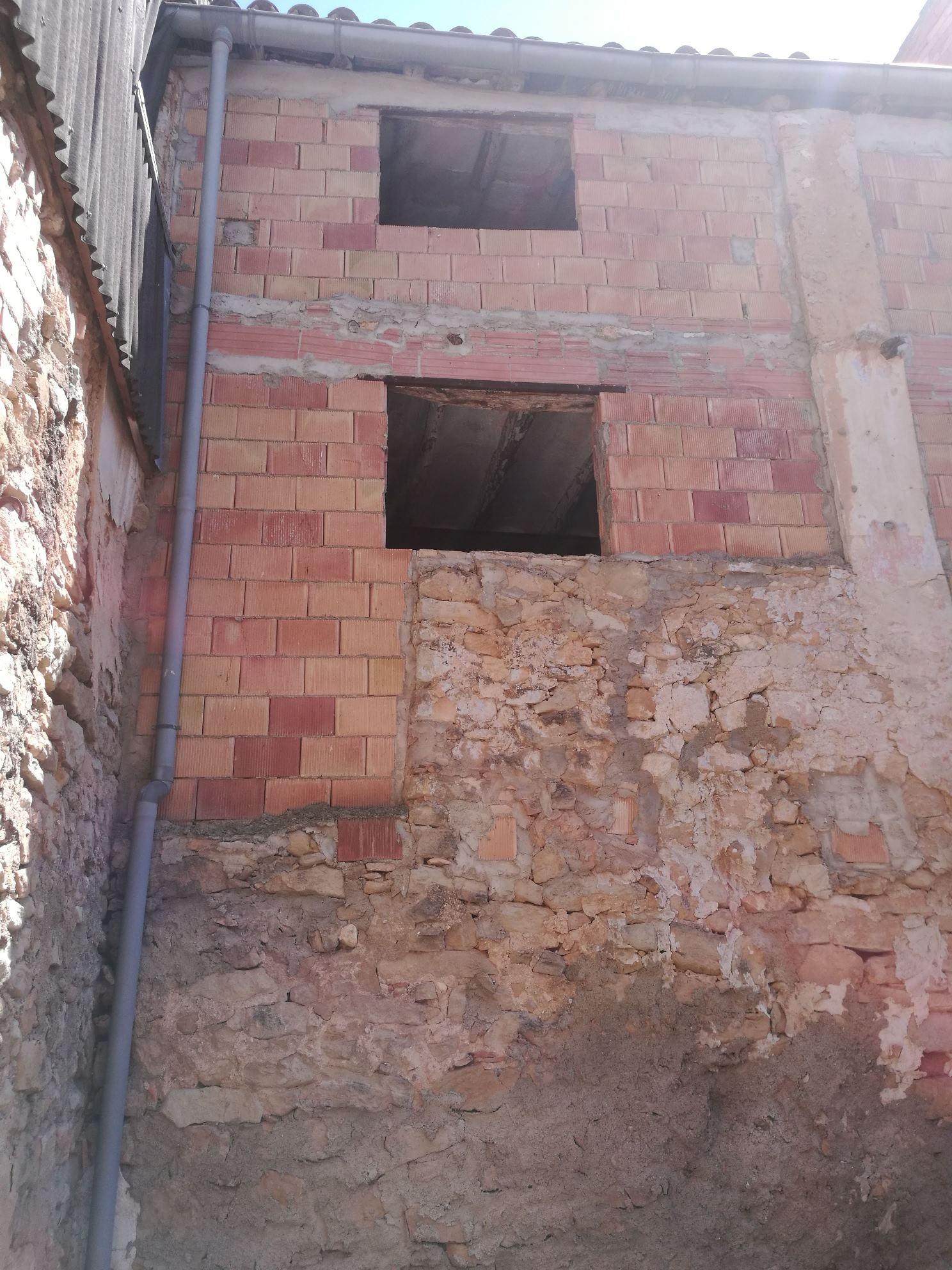 BOT, ,Casa de Poble,Urbana,BOT,1082