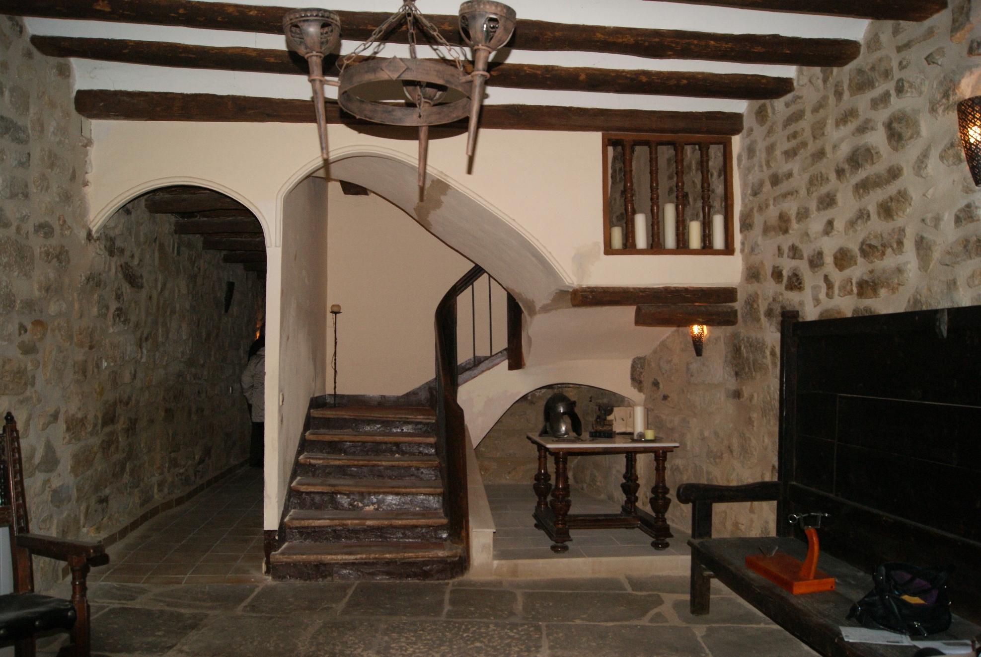 enrufa, 7 Bedrooms Bedrooms, 2 Rooms Rooms,4 BathroomsBathrooms,Casa de Poble,Urbana,enrufa,1046